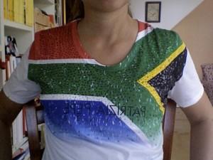 Versione SudAfrica della t-flag di Patrizia Pepe
